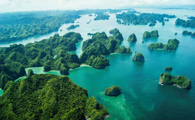 most-popular-destinations-in -Vietnam-in-2017-ha-long