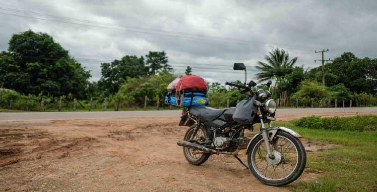 motorbike-trip-across-vietnam