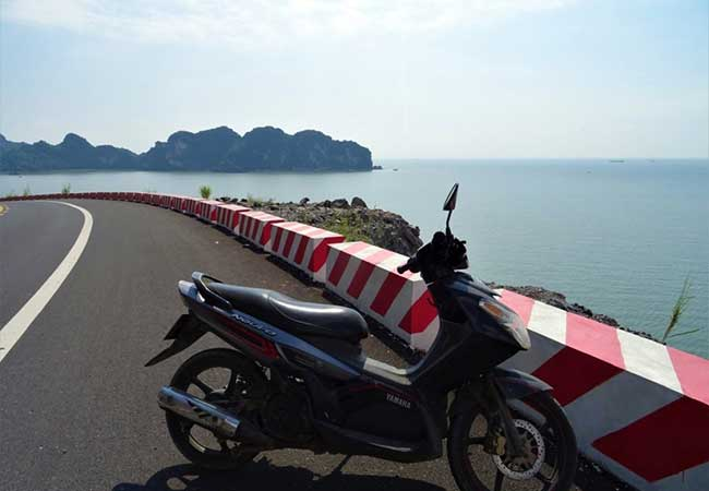 motorbiking in cat ba island