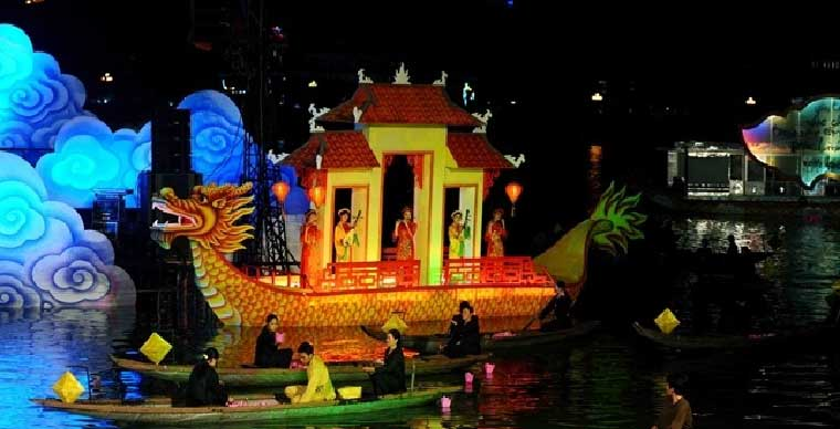 perfume-river-a-cruise-on-royal-emperor-dragon-boat-with-dinner