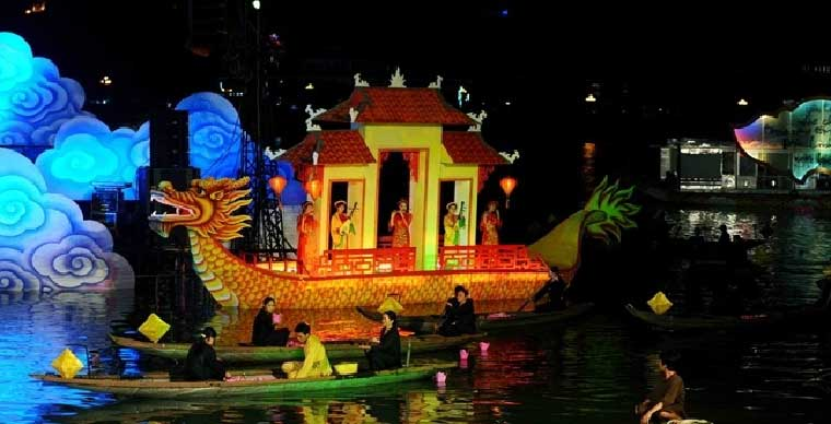 /perfume-river-a-cruise-on-royal-emperor-dragon-boat-with-dinner