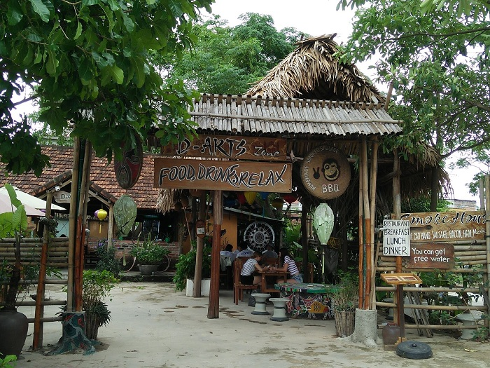 phong nha ke bang national park restaurant
