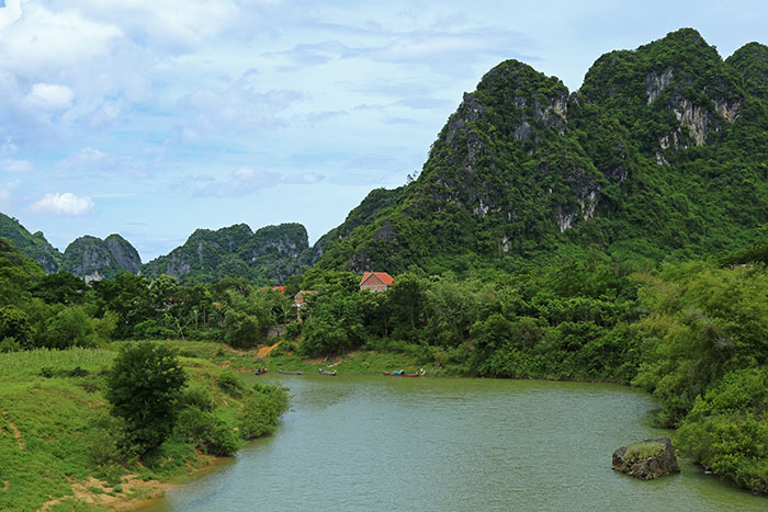 phong nha ke bang national park traveling
