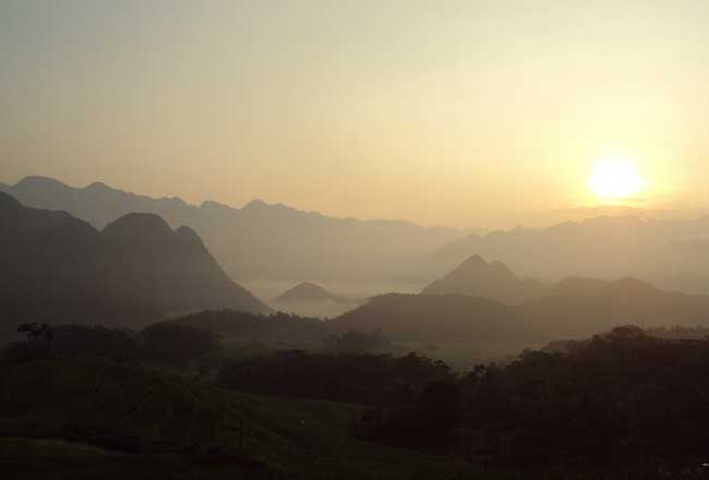 pu luong nature reserve sunset