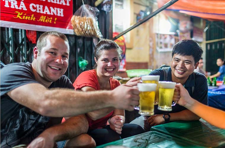 reasons-to-fall-in-love-with-Hanoi-beer
