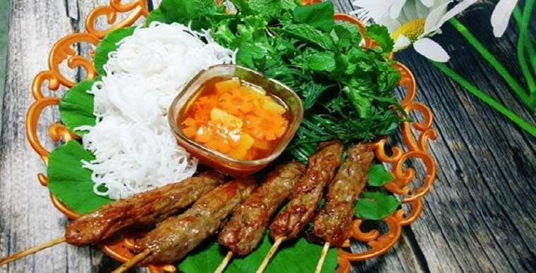 bun-thit-nuong-must-try-food-vietnam-saigon