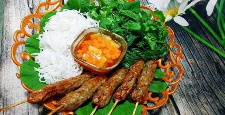 bun-thit-nuong-must-try-food-vietnam-saigon