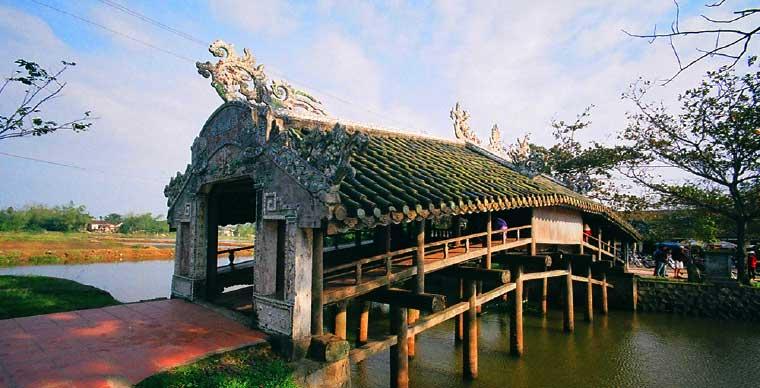 thanh-toan-tile-bridge-hue