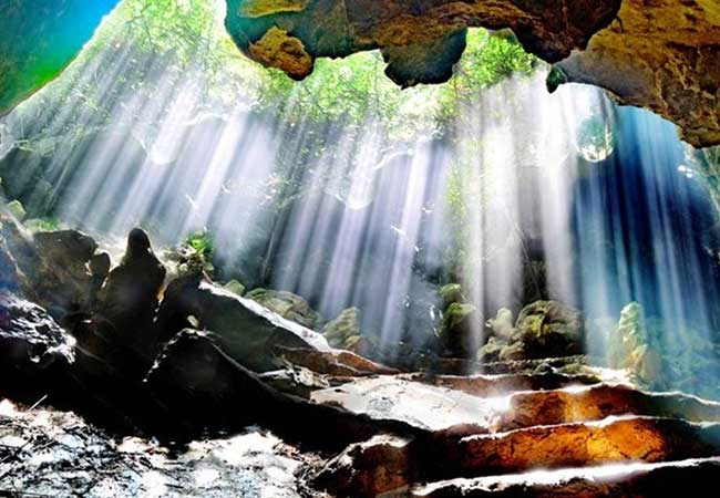 thien ha galaxy cave in ninh binh