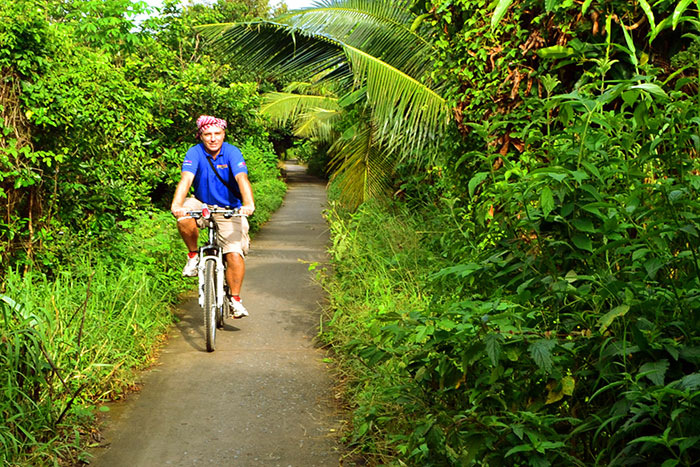 top 10 activites mekong delta cycling