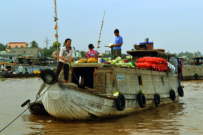 top 10 activites mekong delta floating market