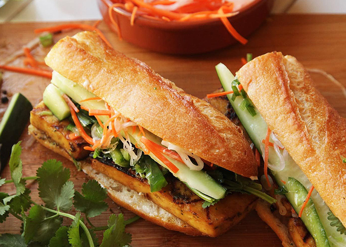 top 10 dishes of vietnam banh my