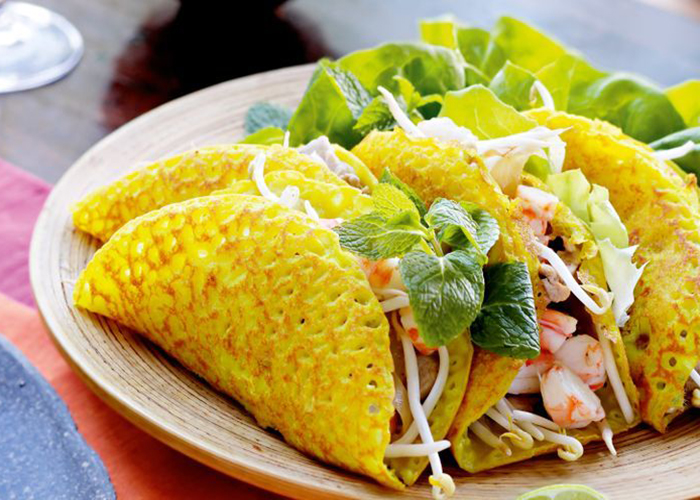 top 10 dishes of vietnam banh xeo