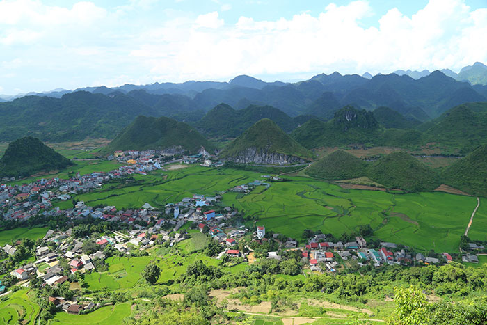 top 10 things to visit ha giang quan ba sky gate
