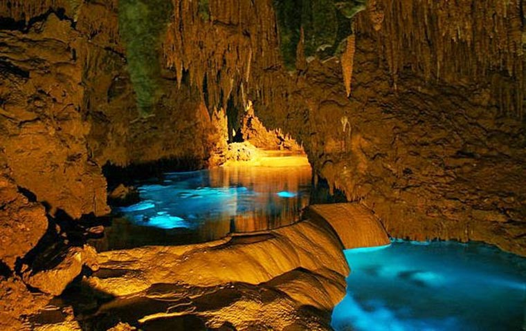 top-10-of-the-most-magnificent-halong-bay-attractions-sung-sot-cave