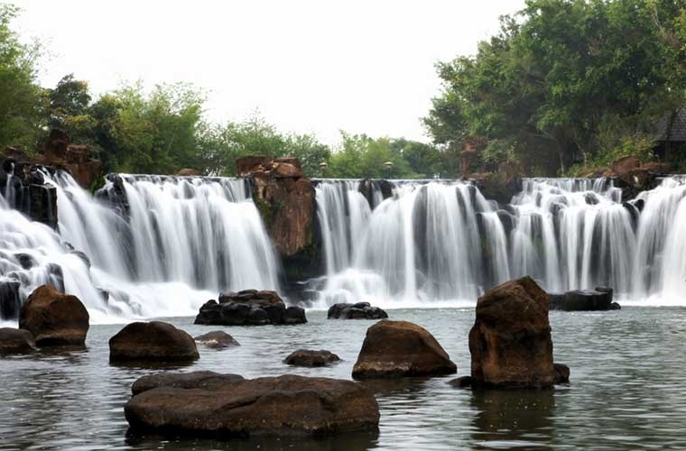 top-most-gorgoues-waterfall-in-vietnam-giang-dien-waterfall-in-dong-nai