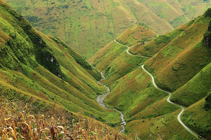 trek in ha giang vietnam ma pi leng pass