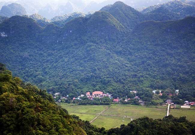 trekking to viet hai village in cat ba island