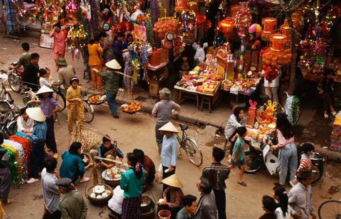 vietnamese-lunar-new-year-market