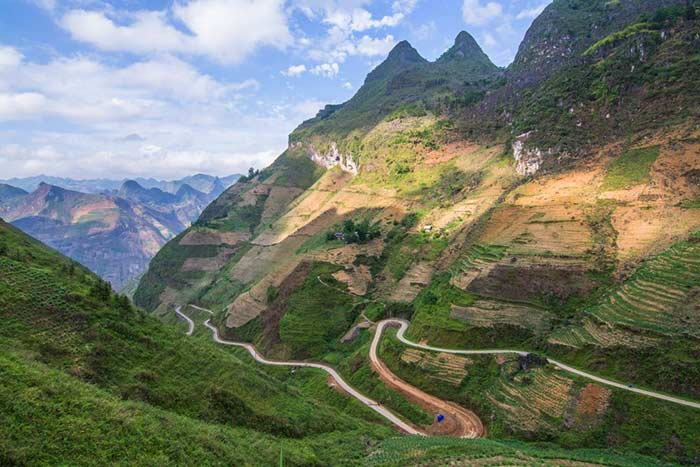 visit Ha Giang in 3, 4 or 5 days the road