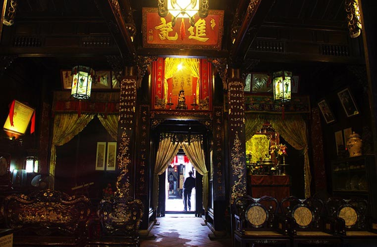 visit hoi an visit tan ky ancient house interrior