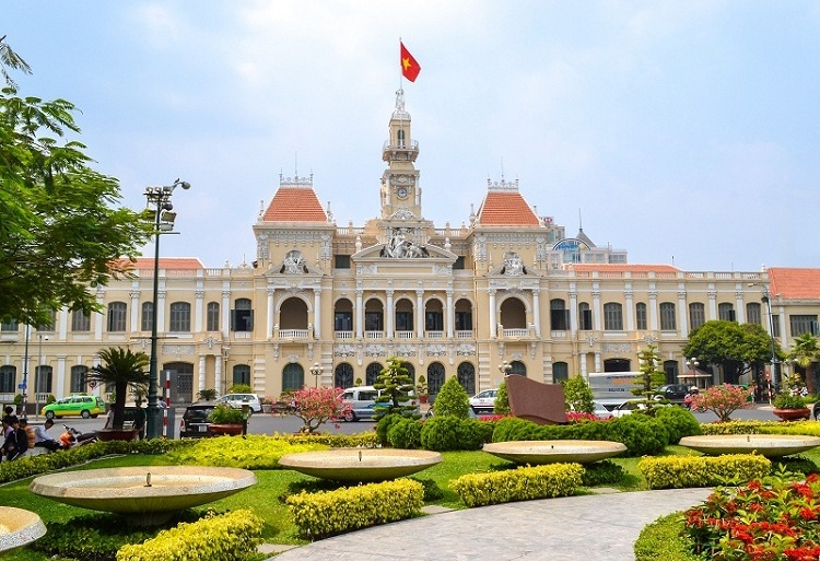 visit saigon city hall