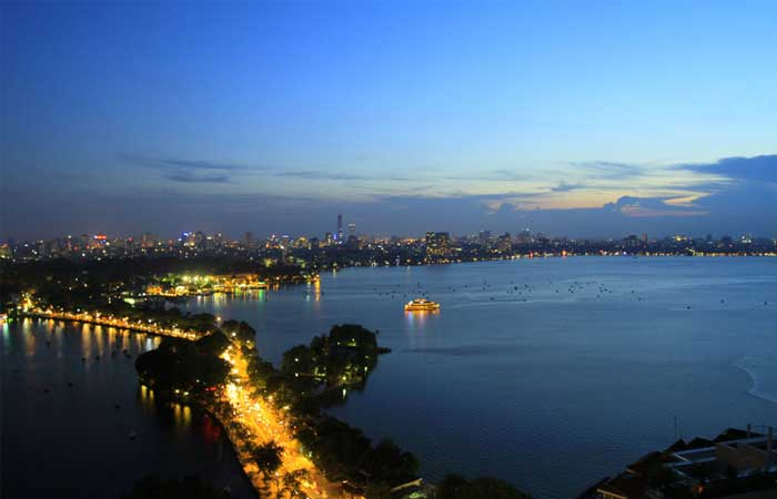 west-lake-hanoi-view