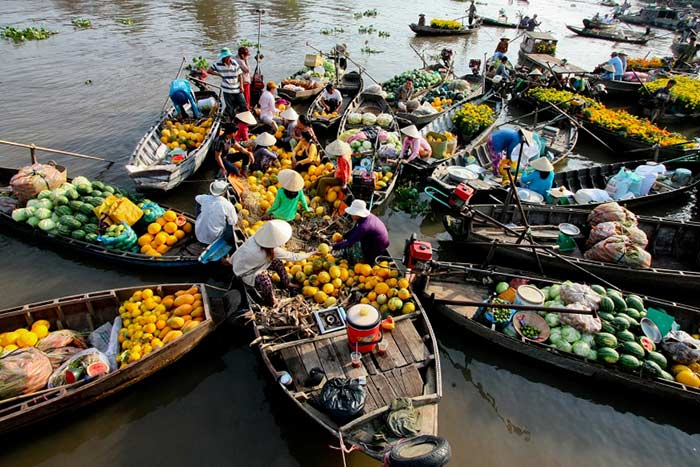 what to do and see in can tho cai rang floating market