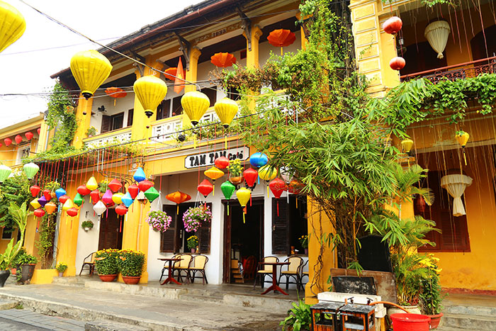 what to do in hoi an traditional house