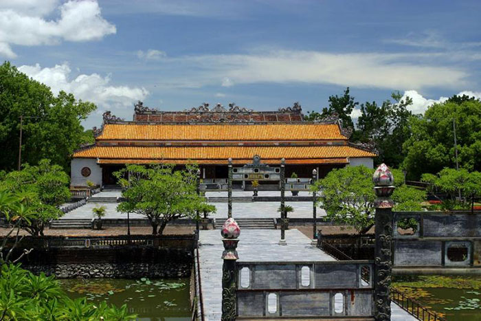 what to do in hue in 1 or 2 days citadel hue