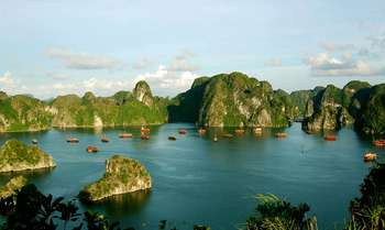 Halong – Hanoi – Fly to Luang Prabang (B/L-)