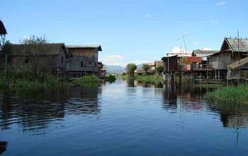 Heho – Tour – fly to Yangon in the late afternoon (B/-/-)