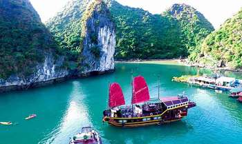 Hanoi – Cat Ba – Lan Ha Bay – Halong Bay by cruise's shuttle bus (B/L/D)