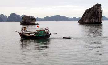 Cat Ba – trekking to Viet Hai Village – Boat trip arround Lan Ha Bay – Cat Ba (B/L/-)