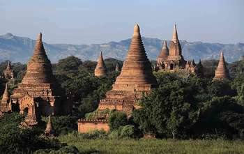 Yangon – Fly to Bagan – full day city tour (B/-/-)