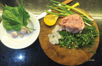 How to make beef wrapped in betel leaf